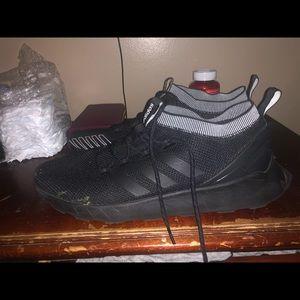 Adidas questar's